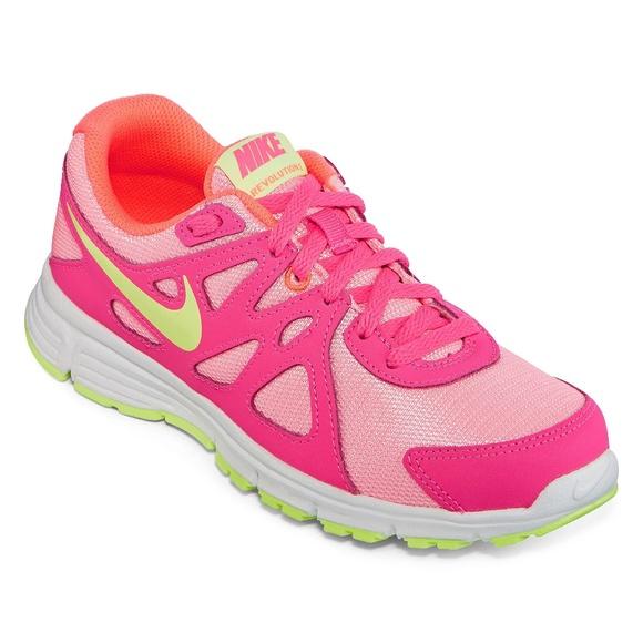 de67a894e5 Nike Shoes   Revolution 2 Girls Athletic Sneakers   Poshmark